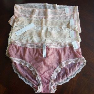 4 pk hipster panties size LG + 1 free thong